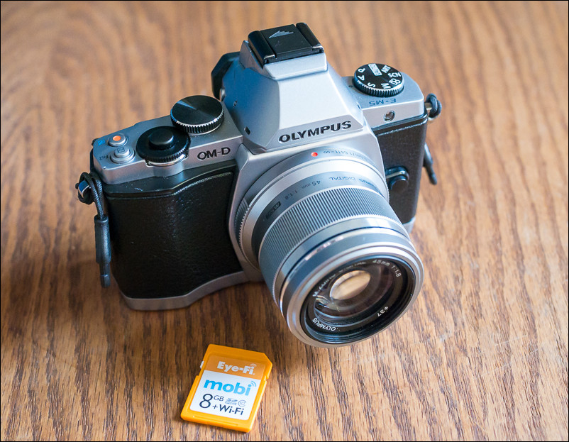 Olympus OM-D E-M5 and Eye fi mobi 8GB SD card