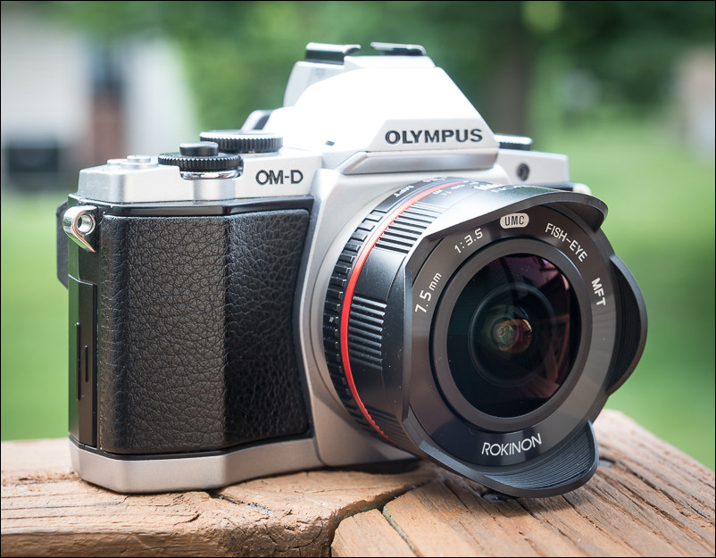 The Rokinon 7.5mm fisheye lens on the Olympus OM-D E-M5.