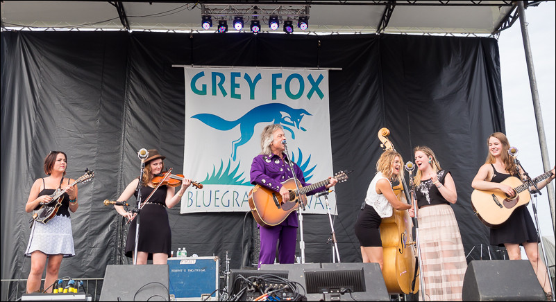 Della Mae and Jim Lauderdale on the main stage.<br /> 19mm | f/2.8 | 1/1000 sec | ISO 200