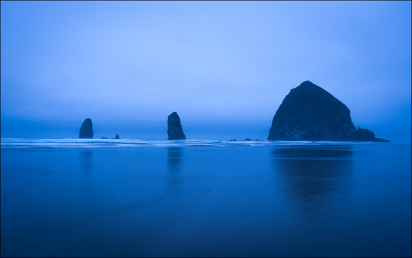 Dusk at Cannon Beach 12mm | f/4 | 2 sec | ISO 100
