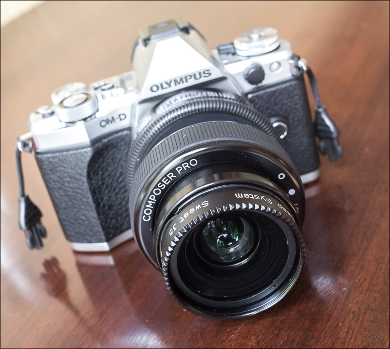 Lensbaby Composer Pro with Sweet 35 Optic for micro four thirds mounted on an Olympus OM-D E-M5 Mark II